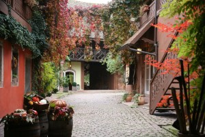 The interior courtyard at Koberle Kreyr