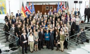 Internationaler Zukunftsdialog mit Studenten im Bundeskanzleramt 2012