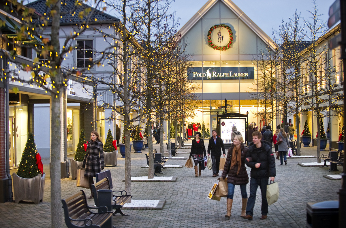Designer Outlet Roermond Updated Discount Shopping In Holland With A Lovely Town Thrown In