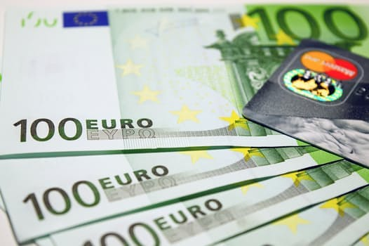euros and credit card