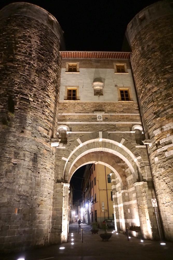 Lucca gateway