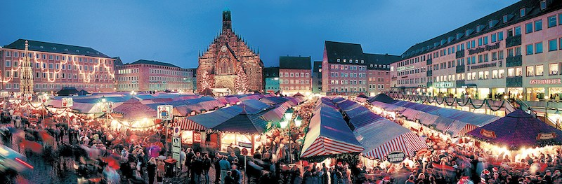 Nuremberg Christmas Market.Lights Pageantry Make Nuremberg Munich Christmas Markets
