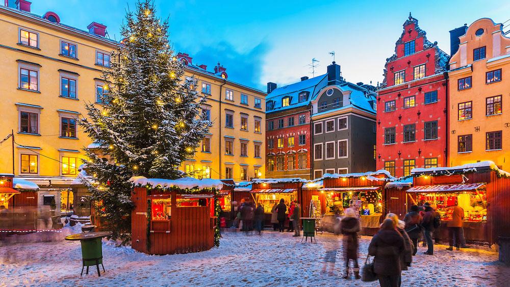 gamla-stan-christmas-market-stockholm-sweden-winter