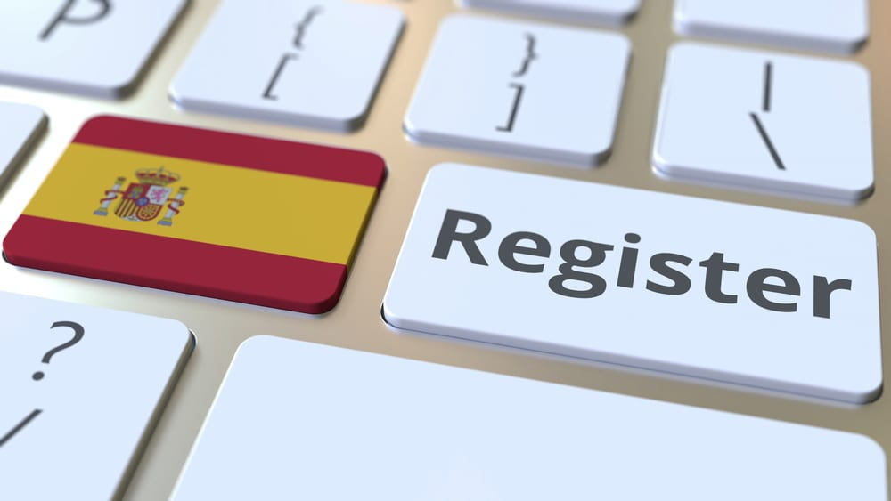 If you're a UK national living in Spain, here's what you need to know about applying for residency
